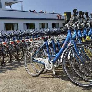 Boat & Bike Tour of Northern Holland - Hire Bikes